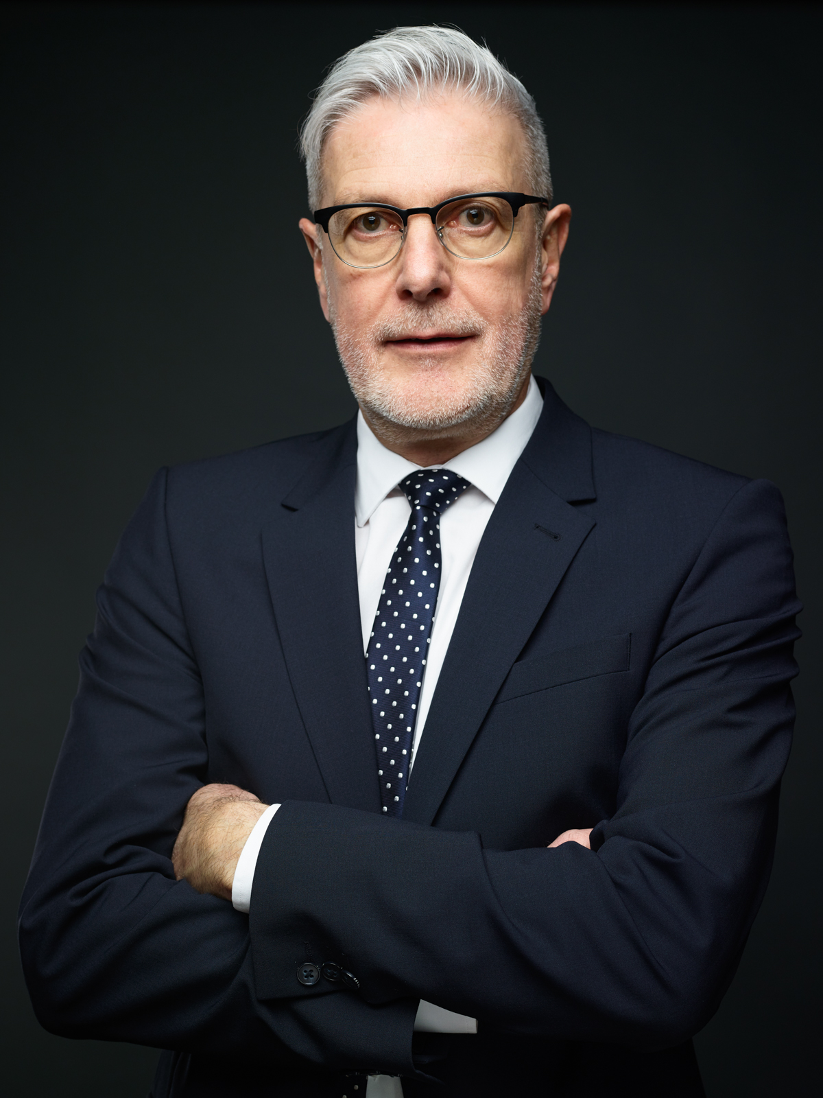 sven-de-almeida-portrait-corporate